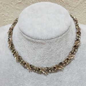 Jewelry - Antique Necklace with Beautiful Stone Accents!